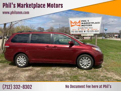 2011 Toyota Sienna for sale at Phil's Marketplace Motors in Arnolds Park IA
