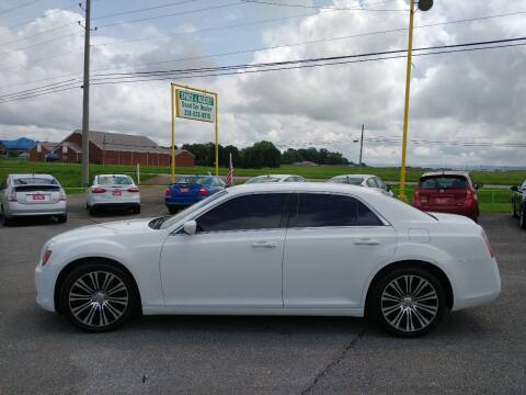 2014 Chrysler 300 for sale at Space & Rocket Auto Sales in Meridianville AL