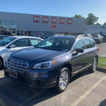 2017 Subaru Outback for sale at SOUTH VALLEY AUTO in Torrington CT