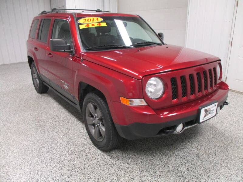 2013 Jeep Patriot for sale at LaFleur Auto Sales in North Sioux City SD