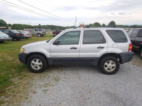2002 Ford Escape for sale at CAR-MART AUTO SALES in Maryville TN