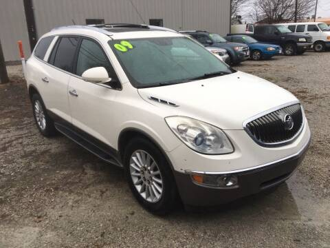 2009 Buick Enclave for sale at G LONG'S AUTO EXCHANGE in Brazil IN