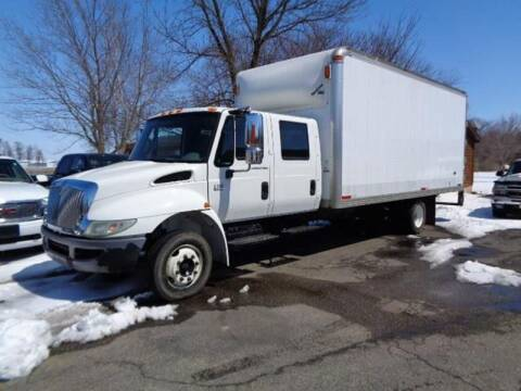 2006 International DuraStar 4300 for sale at COUNTRYSIDE AUTO INC in Austin MN