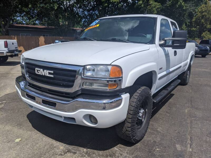 2005 GMC Sierra 2500HD for sale at GREAT DEALS ON WHEELS in Michigan City IN