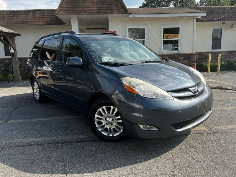 2007 Toyota Sienna for sale at Hola Auto Sales Doraville in Doraville GA