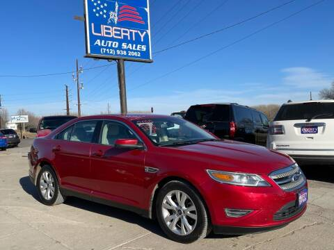 2010 Ford Taurus for sale at Liberty Auto Sales in Merrill IA