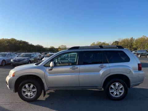 2011 Mitsubishi Endeavor for sale at CARS PLUS CREDIT in Independence MO