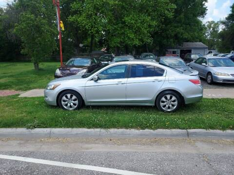 2008 Honda Accord for sale at D & D Auto Sales in Topeka KS