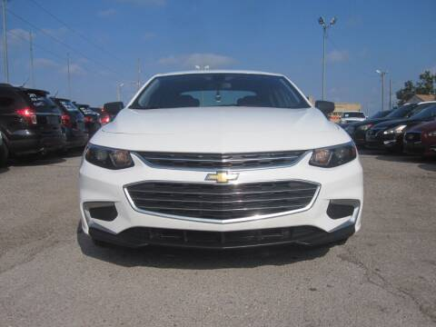 2018 Chevrolet Malibu for sale at T & D Motor Company in Bethany OK