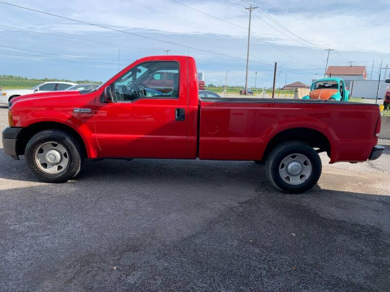 2006 Ford F-250 Super Duty for sale at Autoville in Bowling Green OH