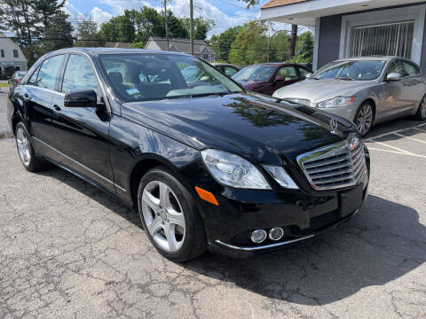 2010 Mercedes-Benz E-Class for sale at Choice Motor Car in Plainville CT