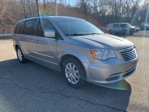 2013 Chrysler Town and Country for sale at George Strus Motors Inc. in Newfoundland NJ