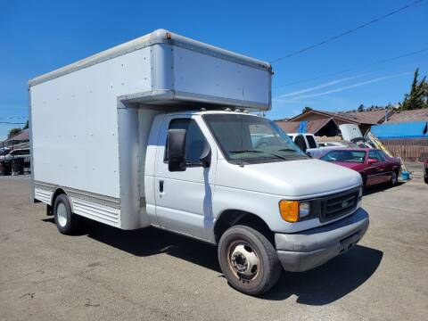 2007 Ford E-Series Chassis for sale at Gateway Motors in Hayward CA