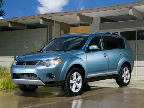 2009 Mitsubishi Outlander for sale at Bill Gatton Used Cars in Johnson City TN
