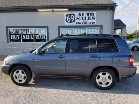 2004 Toyota Highlander for sale at 69 Auto Sales LLC in Excelsior Springs MO