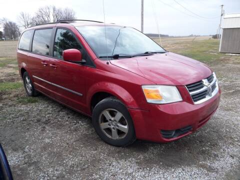 2008 Dodge Grand Caravan for sale at CARL'S AUTO SALES in Boody IL
