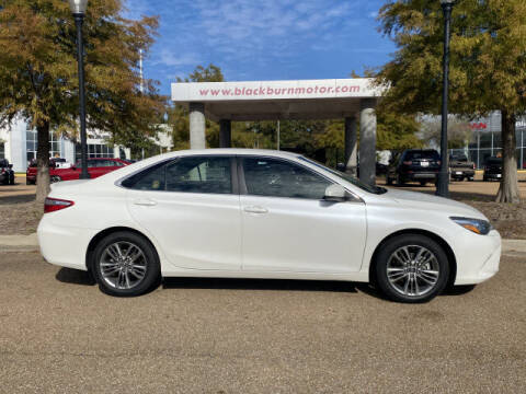 2015 Toyota Camry for sale at BLACKBURN MOTOR CO in Vicksburg MS