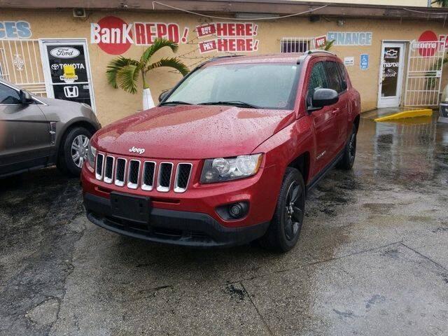 2015 Jeep Compass for sale at VALDO AUTO SALES in Miami FL