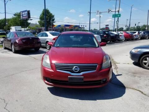 2009 Nissan Altima for sale at Royal Motors - 33 S. Byrne Rd Lot in Toledo OH