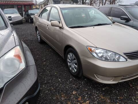 2006 Toyota Camry for sale at Sprinkle's Auto Sales LLC in Marion OH