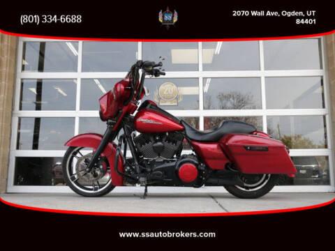 2013 Harley-Davidson FLHX Street Glide for sale at S S Auto Brokers in Ogden UT