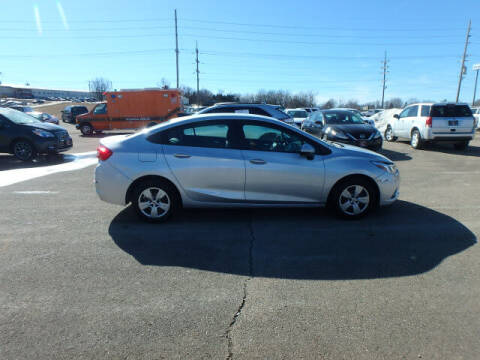 2018 Chevrolet Cruze for sale at BLACKWELL MOTORS INC in Farmington MO