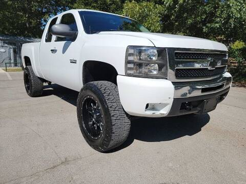 2011 Chevrolet Silverado 1500 for sale at Thornhill Motor Company in Lake Worth TX