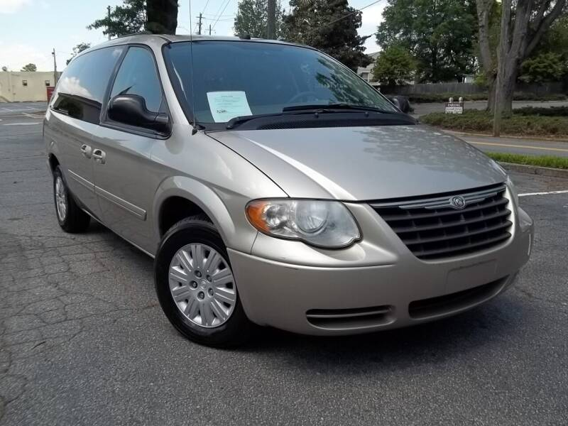 2005 Chrysler Town and Country for sale at CORTEZ AUTO SALES INC in Marietta GA