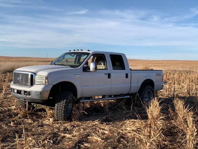 2006 Ford F-250 Super Duty for sale at In Motion Sales LLC in Olathe KS