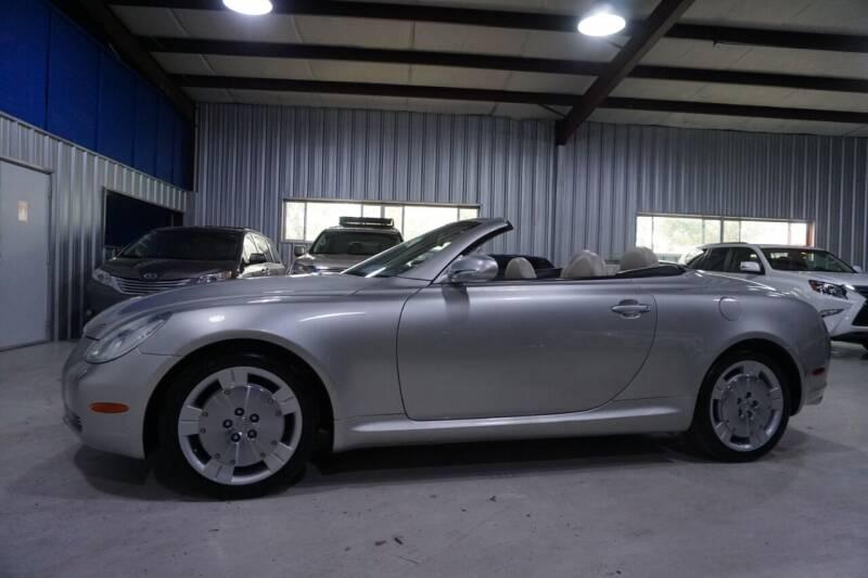 2002 Lexus SC 430 for sale at SOUTHWEST AUTO CENTER INC in Houston TX