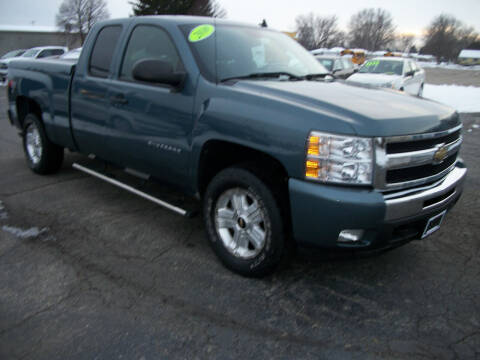 2010 Chevrolet Silverado 1500 for sale at USED CAR FACTORY in Janesville WI