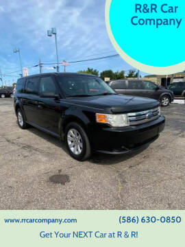 2010 Ford Flex for sale at R&R Car Company in Mount Clemens MI