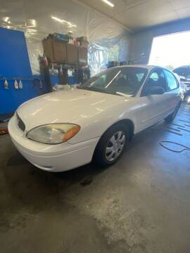 2006 Ford Taurus for sale at M AND S CAR SALES LLC in Independence OR