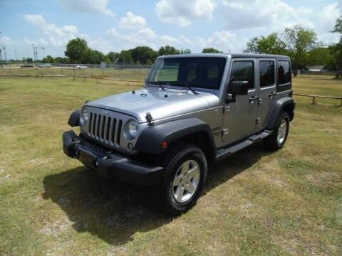 2015 Jeep Wrangler Unlimited for sale at LA PULGA DE AUTOS in Dallas TX