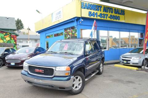 2005 GMC Yukon for sale at Earnest Auto Sales in Roseburg OR
