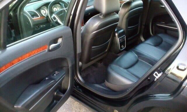 2014 Chrysler 300 4dr Sedan - Topeka KS