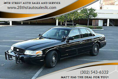 2005 Ford Crown Victoria for sale at 28TH STREET AUTO SALES AND SERVICE in Wilmington DE