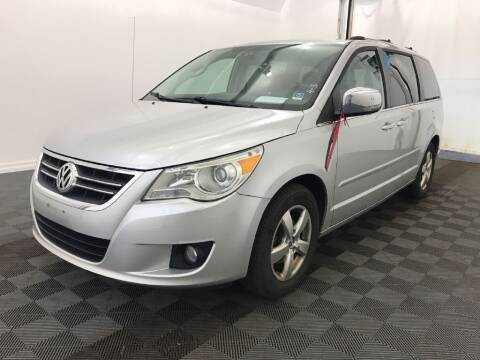 2009 Volkswagen Routan for sale at Cupples Car Company in Belmont NH