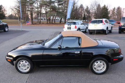 1996 Mazda MX-5 Miata for sale at GEG Automotive in Gilbertsville PA