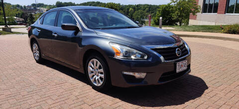 2013 Nissan Altima for sale at Auto Wholesalers in Saint Louis MO