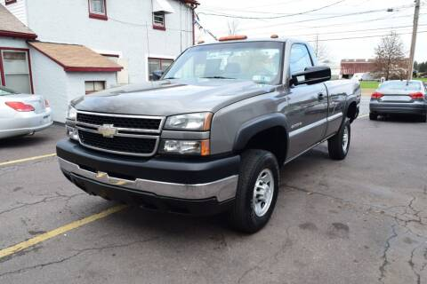 2007 Chevrolet Silverado 2500HD Classic for sale at L&J AUTO SALES in Birdsboro PA