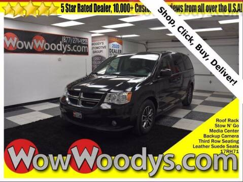 2017 Dodge Grand Caravan for sale at WOODY'S AUTOMOTIVE GROUP in Chillicothe MO