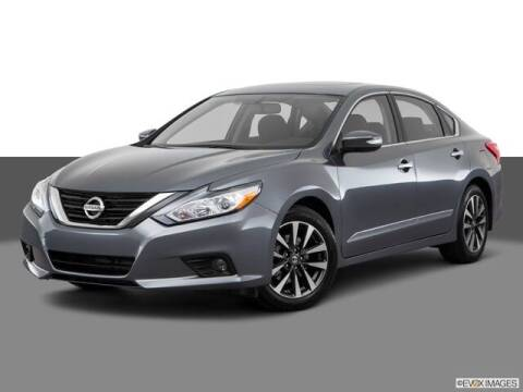 2017 Nissan Altima for sale at Terry Lee Hyundai in Noblesville IN