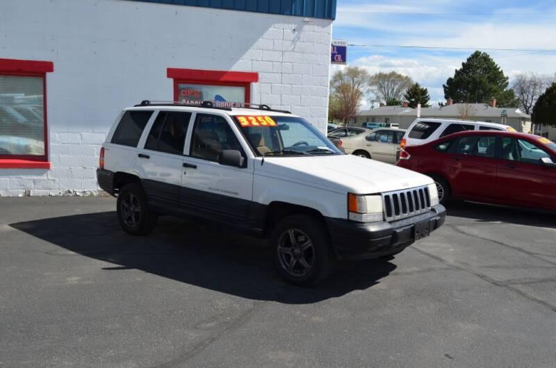 1998 Jeep Grand Cherokee for sale at CARGILL U DRIVE USED CARS in Twin Falls ID