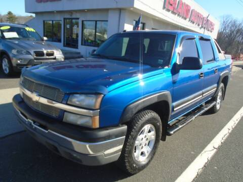 2003 Chevrolet Avalanche for sale at Island Auto Buyers in West Babylon NY