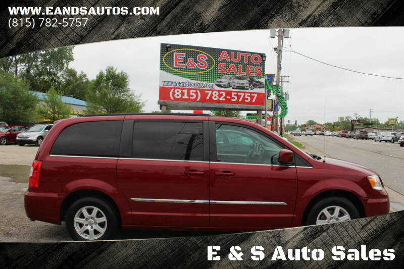 2012 Chrysler Town and Country for sale at E & S Auto Sales in Crest Hill IL