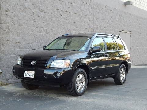 2005 Toyota Highlander for sale at Gilroy Motorsports in Gilroy CA