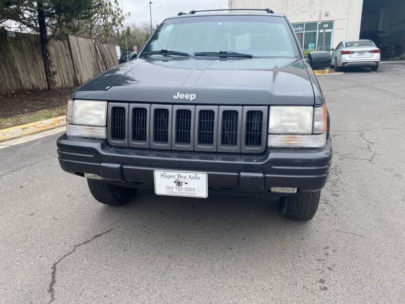 1998 Jeep Grand Cherokee for sale at Super Bee Auto in Chantilly VA