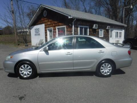 2005 Toyota Camry for sale at Trade Zone Auto Sales in Hampton NJ