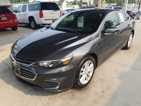 2018 Chevrolet Malibu for sale at SpringField Select Autos in Springfield IL